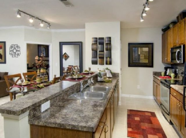 Property Details For 2 Bd 2 Bath Two Blocks Apartments In Dunwoody Ga Features 1 And 2